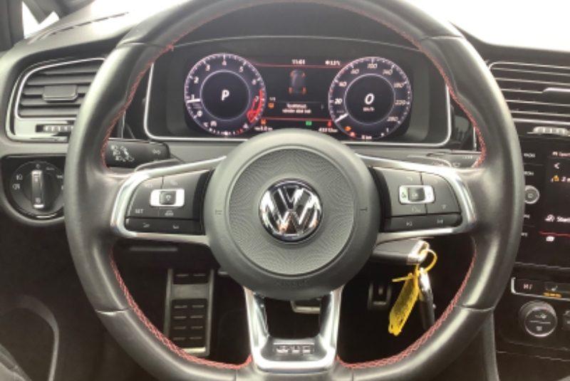 Volkswagen Golf VII 2.0 TSI GTI Performance BlueMotion