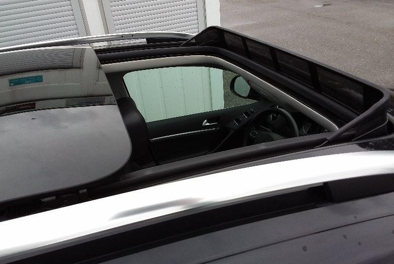 Volkswagen Tiguan R-Line-Paket panorama