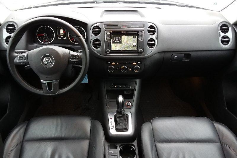 Volkswagen Tiguan R-Line-Paket automata