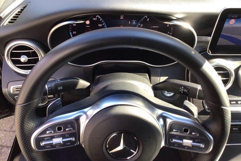 Mercedes-Benz C-Klasse C 180 CGI AMG Line kormány
